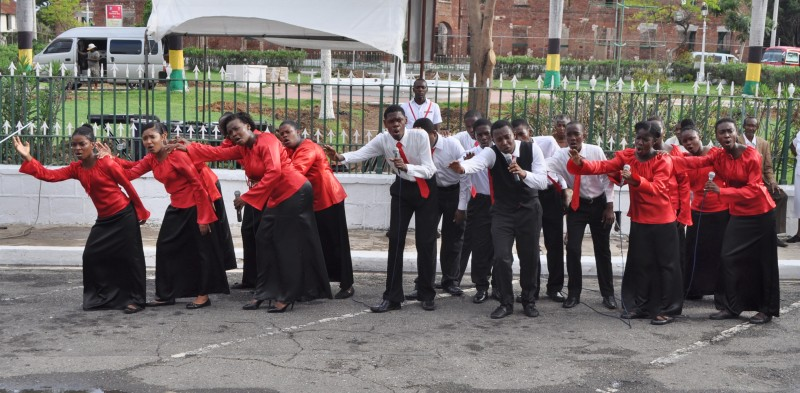 Glenmuir High School Choir singing in Emancipation Square