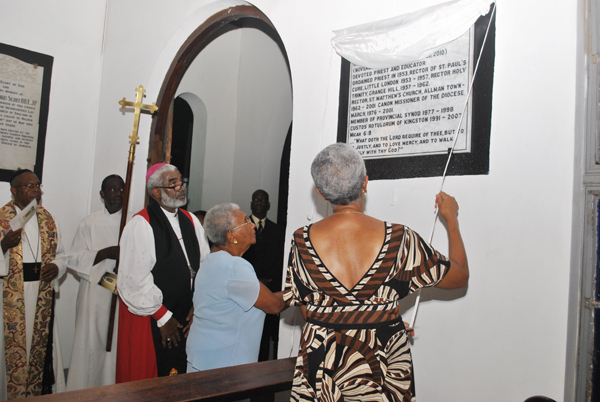 Canon Weeville Gordon's Life of Service Celebrated