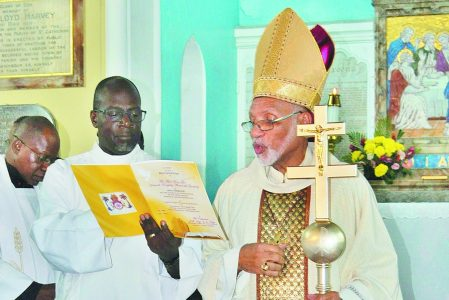 Archbishop Gregory Receives Symbols of Leadership